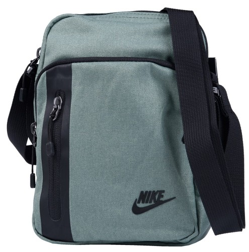 fae1bb5cf137f Nike Saszetka Torebka Core Small Items 3.0 BA5268 365 ᐘ Desportivo